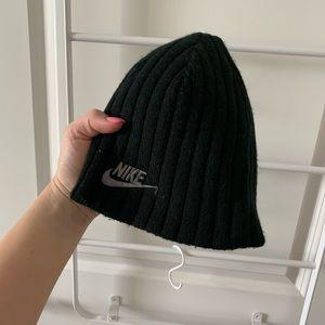 Nike Beanie Reversible Logo Hat